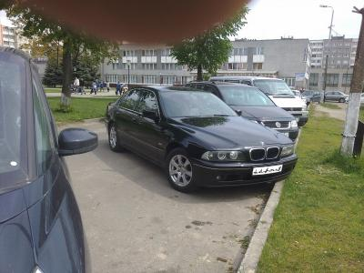 BMW 5 Series (E39)