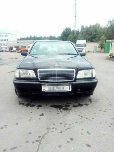 Mercedes C Class (W202)