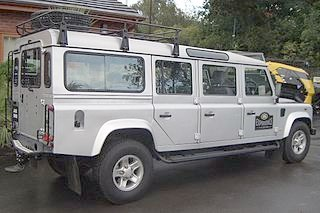 Land Rover Defender 147